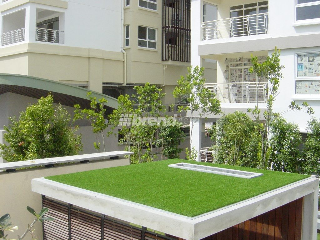 Zöldtetőn a műfű kellemes környezet és panorámát biztosít.